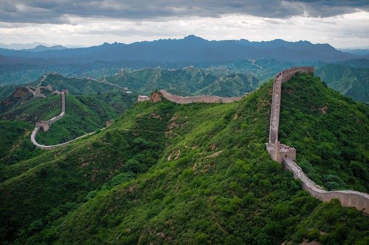 1200px-The_Great_Wall_of_China_at_Jinshanling-edit